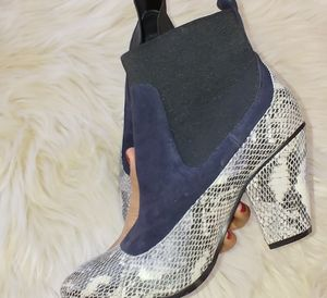 Shoes - Snake pattern bootie 6
